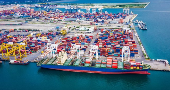 Pressures on global trade with the economic recovery